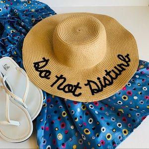 NWOT straw sun hat beach floppy summer